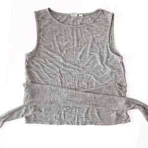 Gap tie waist tank top heathered gray M